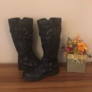 DIRTY LAUNDRY SUEDE TALL BOOTS SZ 8